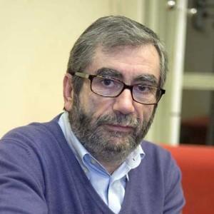 Antonio-Muñoz-Molina-retratado-por-Jesús-de-Miguel